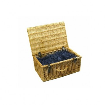 Small traditional wicker hamper